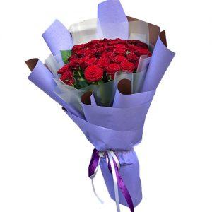 фото товару 33 червоні троянди