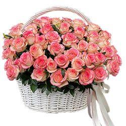 """букет 51 троянда """"Джумілія"""" в кошику"""