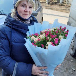 Букет кустовых роз фотоотчет