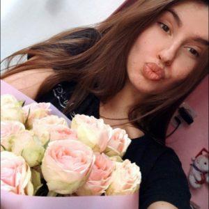 Фото доставки букета роз